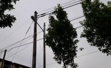 Iluminan un sector del barrio Petroleros  que siempre estuvo a oscuras
