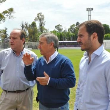 Villa Dálmine agradeció al Intendente por concretar el sueño del estadio propio