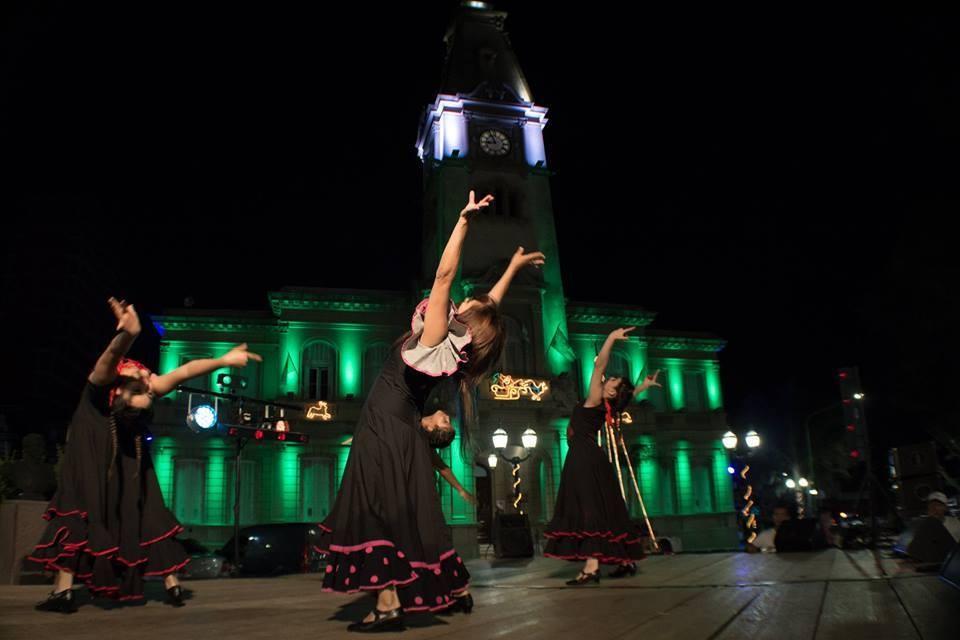 """El espectáculo de danzas """"Relatos"""" llega al Teatro Municipal"""