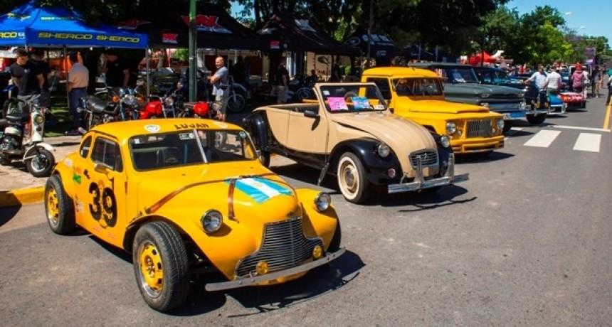 Miles de personas disfrutaron la tradicional Fiesta del Primer Automóvil