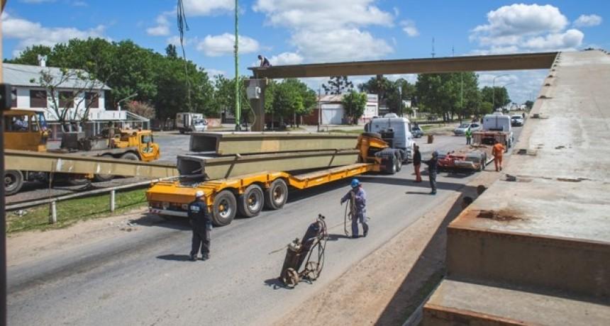 Ampliación de la avenida Rivadavia: se retiró la pasarela peatonal