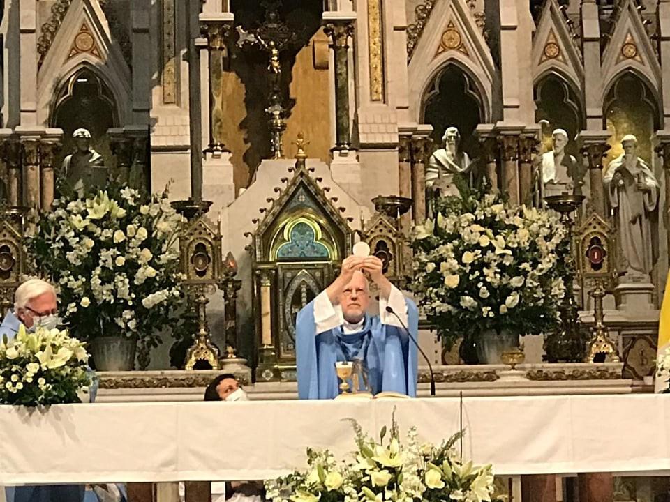 Mons. Pedro Laxague: