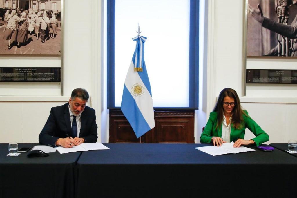 Convenio entre la Secretaría de Medios y Comunicación Pública y el Ministerio de las Mujeres, Géneros y Diversidad de la Nación