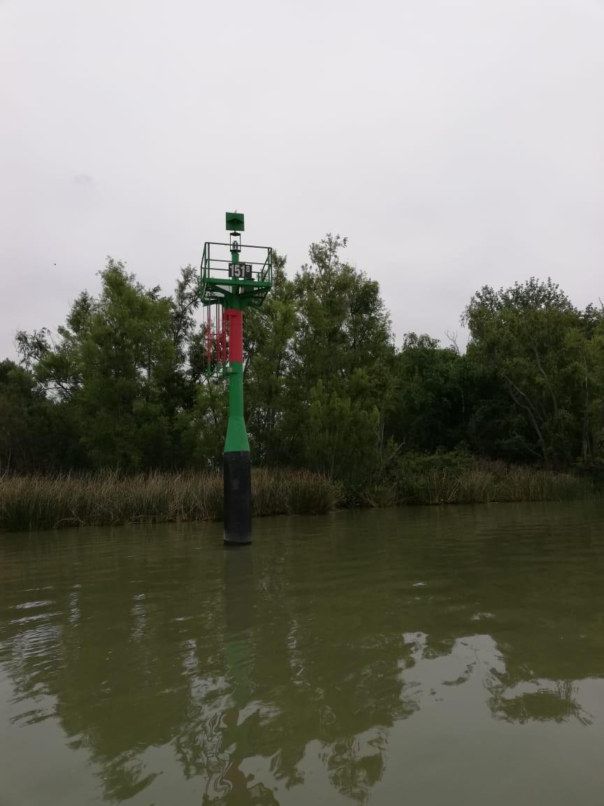 Defensa Civil tomó muestras del agua en el sector insular