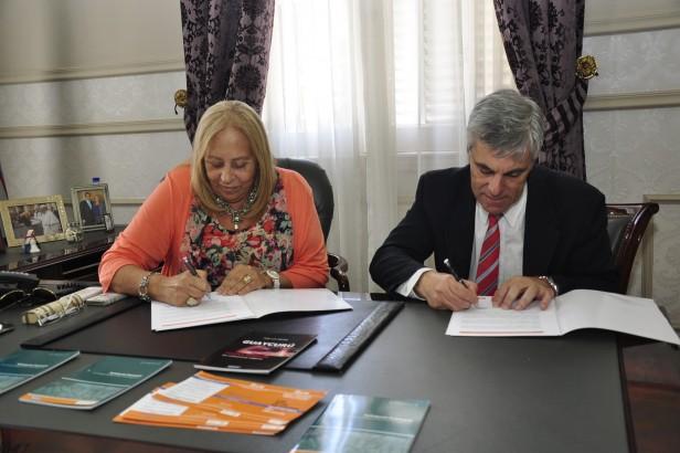 Giroldi y Carlotto firmaron Convenios de Cooperación entre el Municipio y la Secretaría de Derechos Humanos