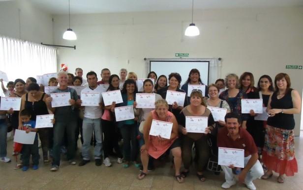 Integrantes de programas de Economía Social se capacitaron y recibieron Certificados
