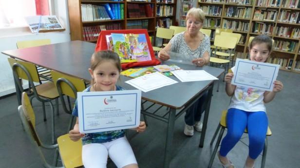 """Niños de entre 5 y 10 años participaron de las Jornadas """"¿Cómo acercamos los chicos a la biblioteca?"""""""
