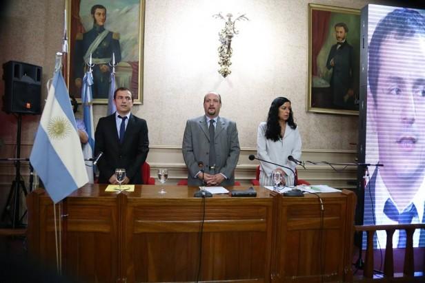 Prestaron juramento y asumieron el Intendente Abella y los nuevos Concejales.
