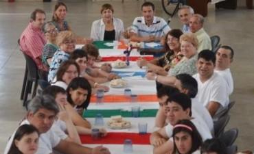El Intendente compartió un desayuno con el Grupo Esperanza