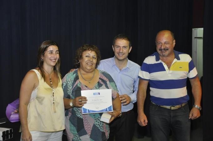 Empleados municipales con más de 20 años de trayectoria fueron reconocidos por el Intendente
