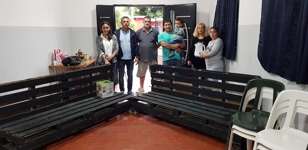 La Agrupación Julio Armando Melo realizó una donación al salón de usos múltiples del Barrio La Josefa