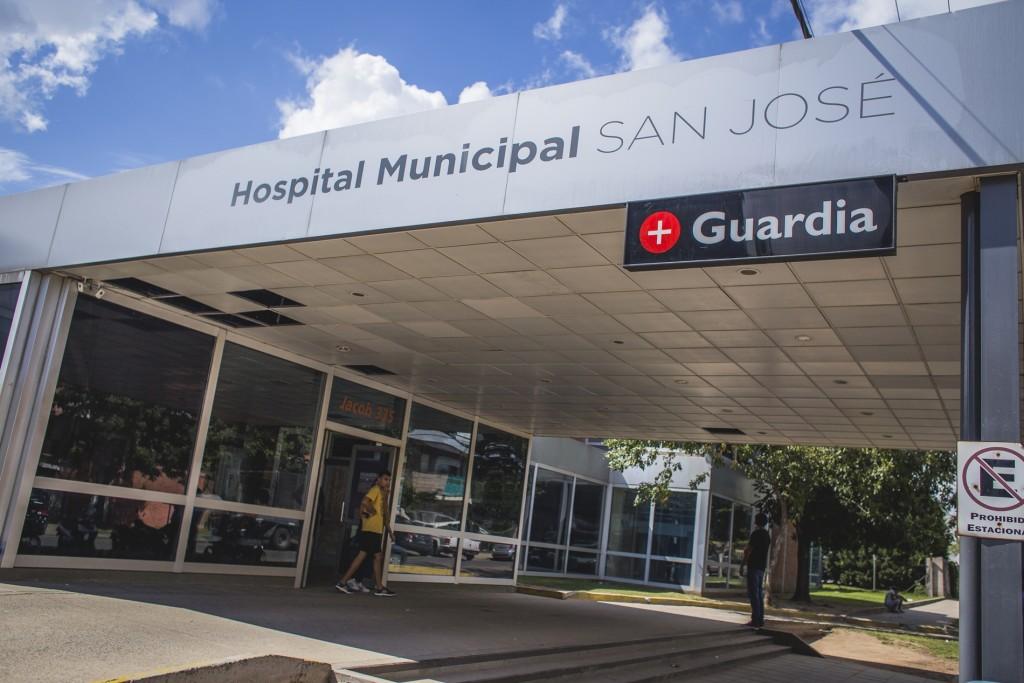 El hospital San José se encuentra en la búsqueda de enfermeros