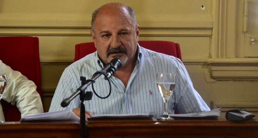"""Cazador: """"Por culpa de Romano, Calle y sus levantamanos se están perdiendo 6.000 puestos de trabajo"""""""