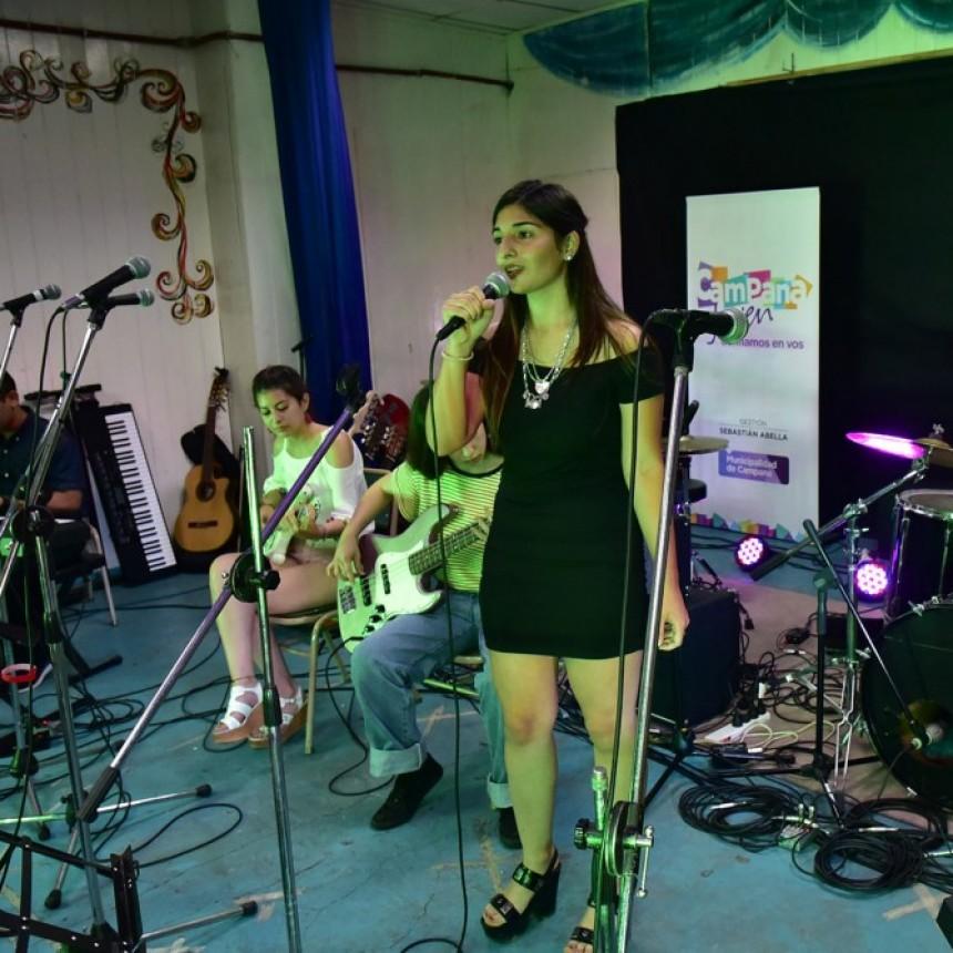 La Escuela Municipal de Música realizó su muestra de fin de año