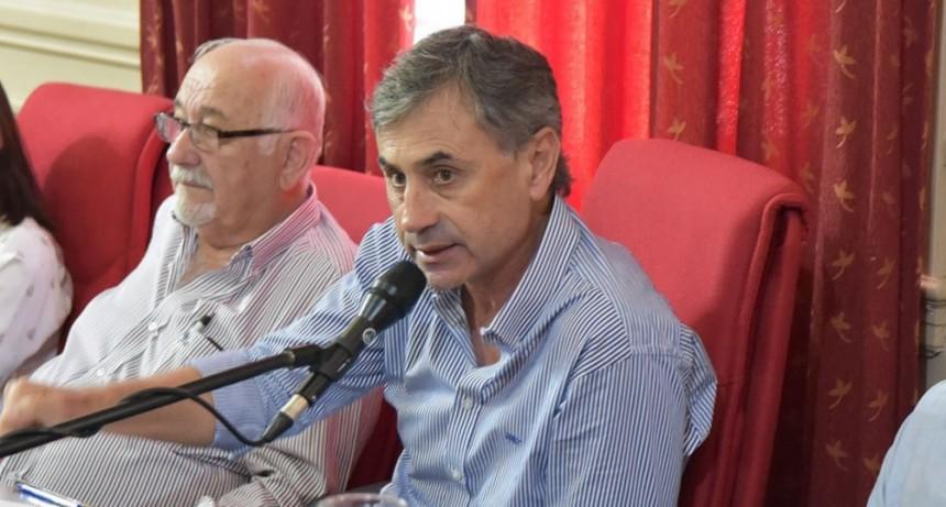"""Luis Gómez: """"Romano y su bloque no quieren que 6.000 vecinos tengan un puesto de trabajo"""""""