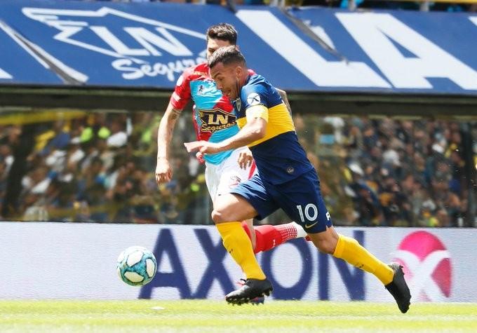 Carlos Tevez: Si no sigo en Boca, creo que cuelgo los botines