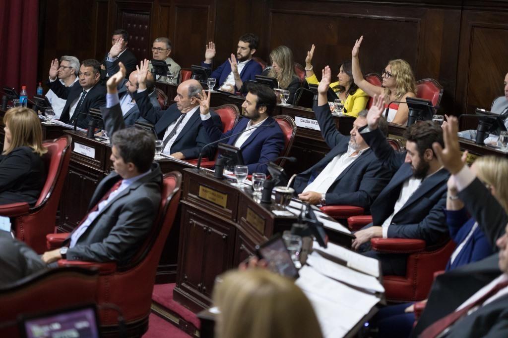 Senadores Juntos por el Cambio en Provincia de Buenos Aires :