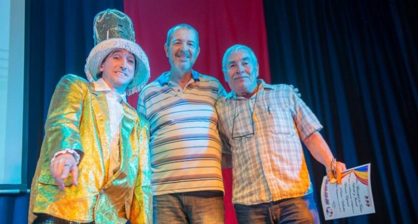 Más de 100 alumnos finalizaron un nuevo ciclo del Taller Municipal de Teatro