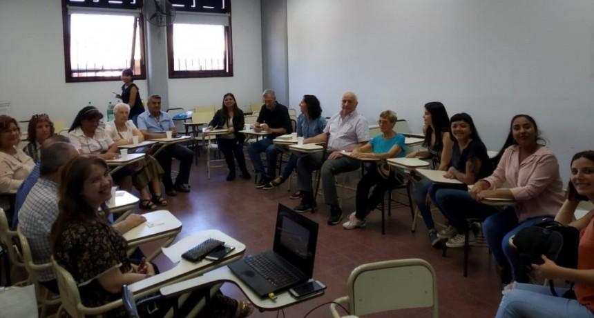 Estudiantes de la UNLu investigaron sobre los centros de jubilados de la ciudad