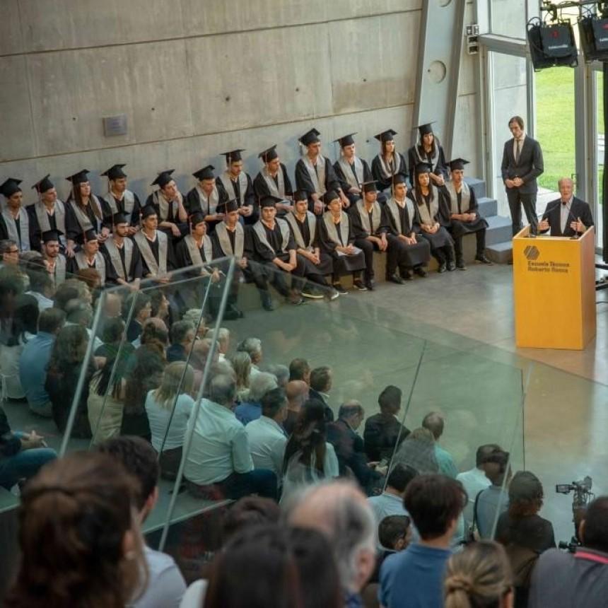 La Escuela Técnica Roberto Rocca de Tenaris graduó a sus primeros 50 egresados