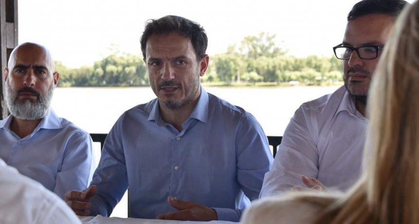 El Intendente anunció el congelamiento de los sueldos de la planta política por seis meses