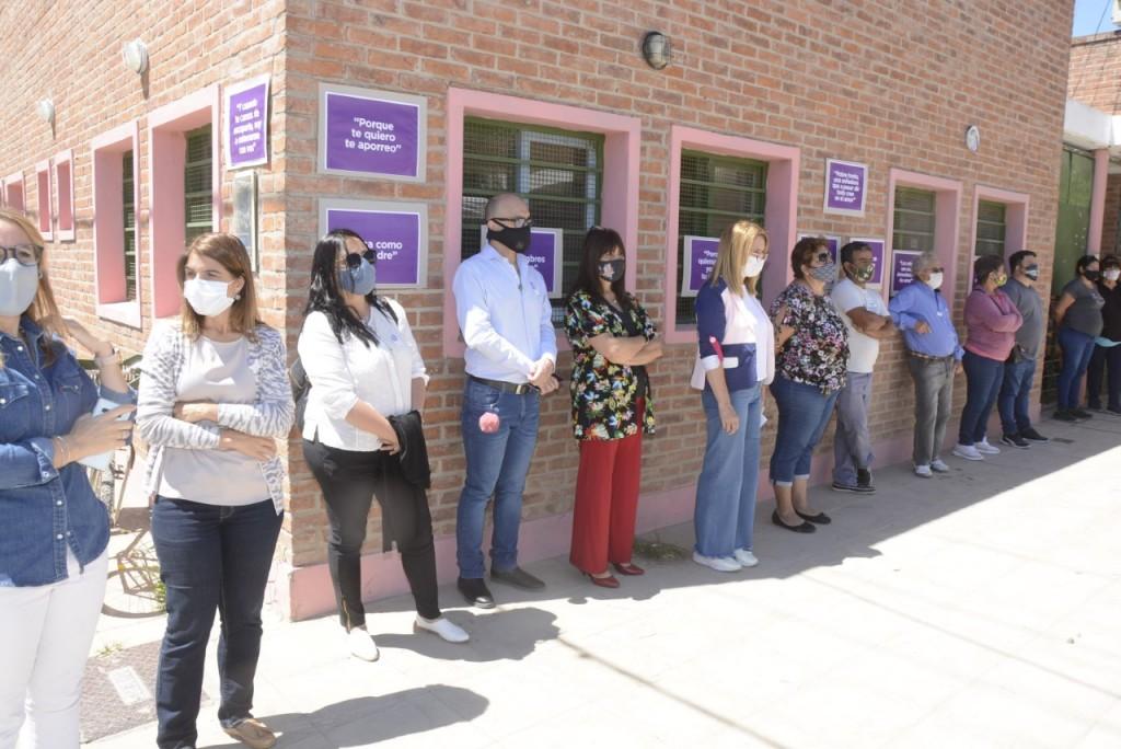 Se realizó una actividad comunitaria en San Cayetano por el 25N