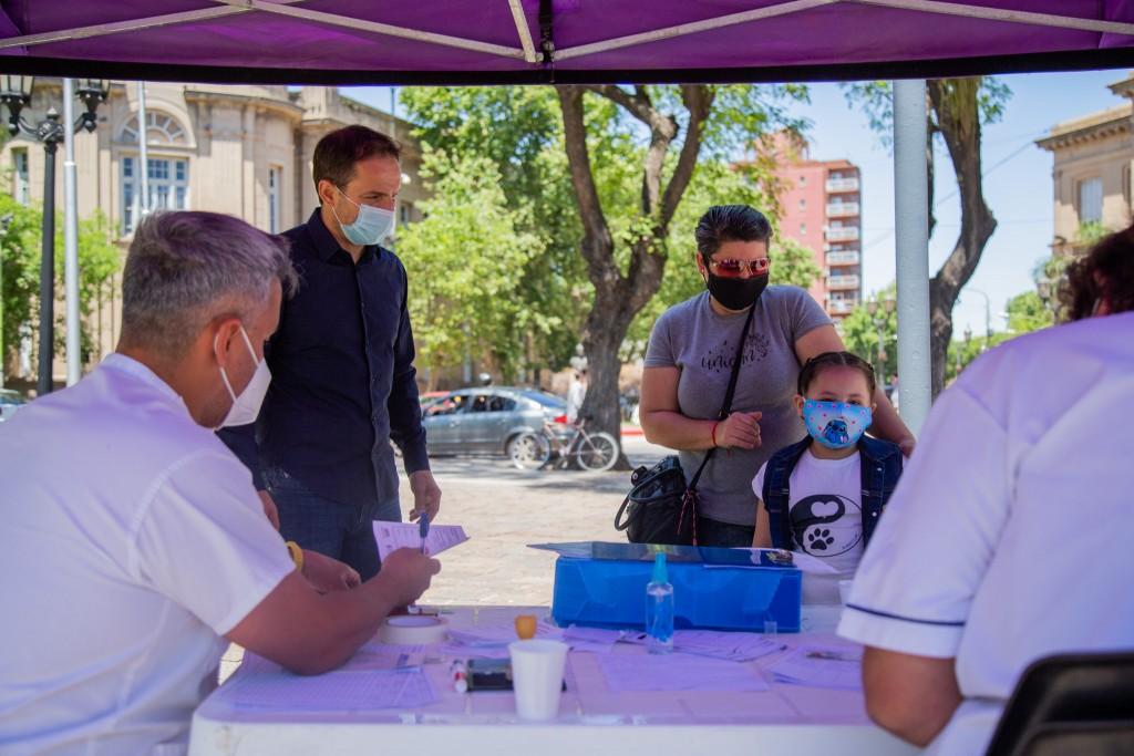 """En el primer mes del plan """"Vuelta a Clases"""", el Municipio aplicó más de 1.900 vacunas"""